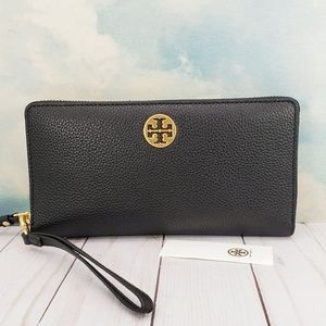 Tory Burch Everly Passport Continental Wallet